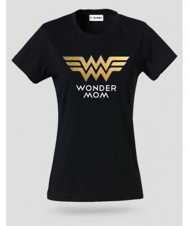 Wonder Mom T-shirt Basic Donna